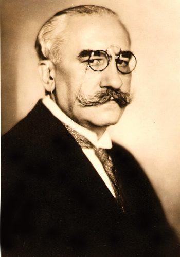 """Alexandru Vaida-Voevod (1872-1950) a semnat în anul 1922, prefaţa la cartea """"Ardealul, Ardelenilor"""" apărută la Viena, autor Iancu Azapu."""