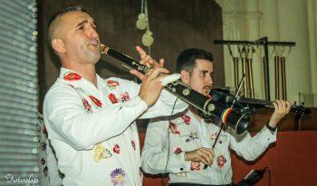 Călin Borşe la taragot şi Laurenţiu Chiş la vioară
