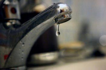 Satmarenii platesc mai mult pentru apa decat pentru curent