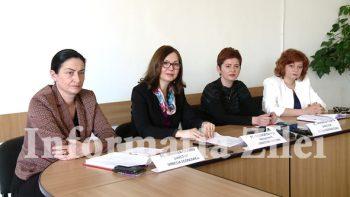 Conducerea Casei Judetene de Asigurari de Sanatate a prezentat activitatea de contractare pe 2017