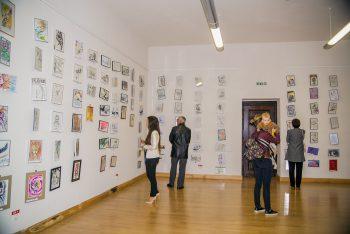 Interior al expoziţiei