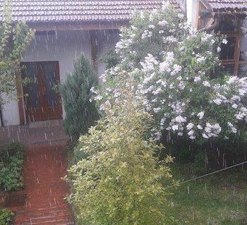 Ploaie cu gheata la SM