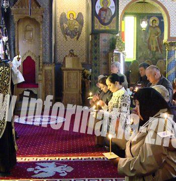 Aproximativ 500 de satmareni se spovedesc zilnic la biserici