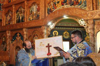 """Liceul Teologic Ortodox a premiat câştigătorii concursului """"Tradiţii şi obiceiuri de Paşti"""""""