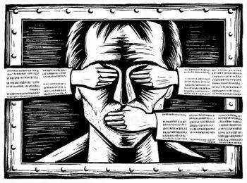 Aceasta lege a fost una controversata pentru ca ingradea libertatea de exprimare a presei