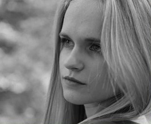 Gabriela H. de 17 ani si-a gasit sfarsitul intr-un accident cu motocicleta