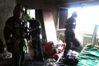 Incendiu la un apartament din Carei