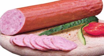 Mai multe sortimente de salam de vară, pline de grăsimi şi sare