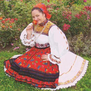 Mesagerul folclorului oşenesc, Maria Tripon, îşi serbează azi ziua de naştere