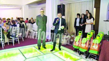 Premiile au constat în cărucioare de cumpărături şi tensiometre Au fost oferite şi 100 de pachete cu suplimente naturale