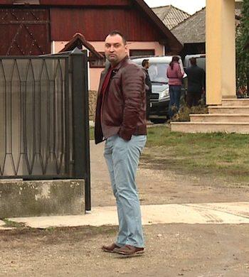 Razvan Rentea, la casa parintilor, dupa ce i-a ucis
