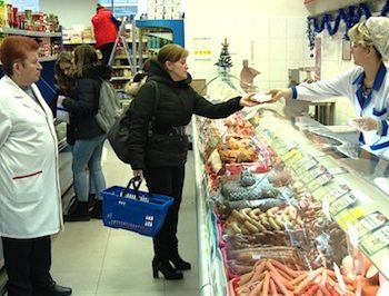 Satmarenii prefera sa-si faca cumparaturi la magazinul Unicarm