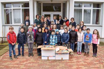 Dulciurile au fost donate copiilor nevoiaşi