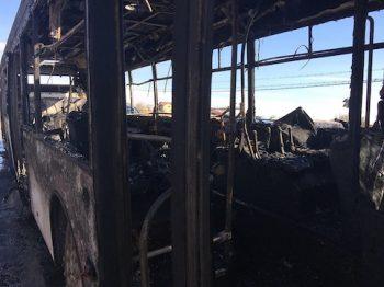 Autobus incendiat pe strada Lucian Blaga