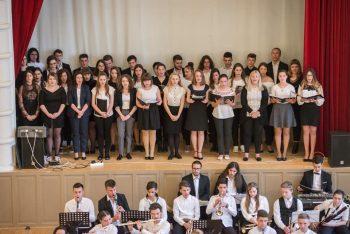 """Corul şi orchestra Liceului """"Aurel Popp"""""""