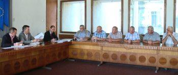 Consilieri locali din Botiz, la audientele organizate de Prefectură