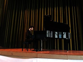 Abram Endre în recital