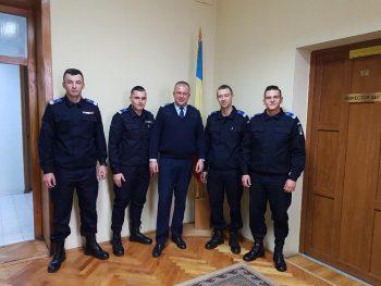 """Subofiţerii sunt absolvenţi ai Şcolii Militare de Subofiţeri Jandarmi """"Petru Rareş"""" Fălticeni"""