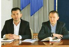 Consilierul Cosmin Dorle si prefectul Darius Filip