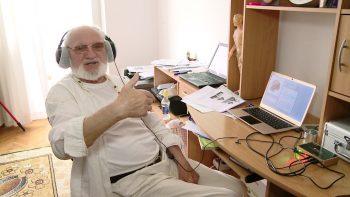 Alexandru Mitea la biroul său