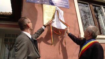 Placa memoriala Caraseu