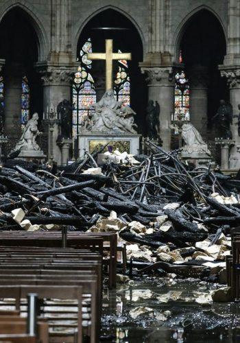Interior din Notre Dame