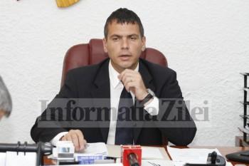 Adrian Ştef a fost ales prin vot direct. Este singurul preşedinte de Consiliu Judeţean Satu Mare ales prin vot direct