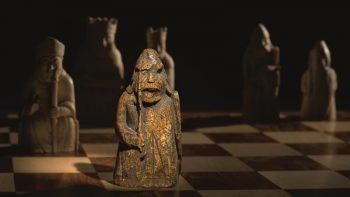"Piesa din setul ""Lewis Chessmen"""