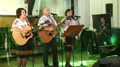 "Grupul folk ""Eu cred"" din Piatra Neamţ"