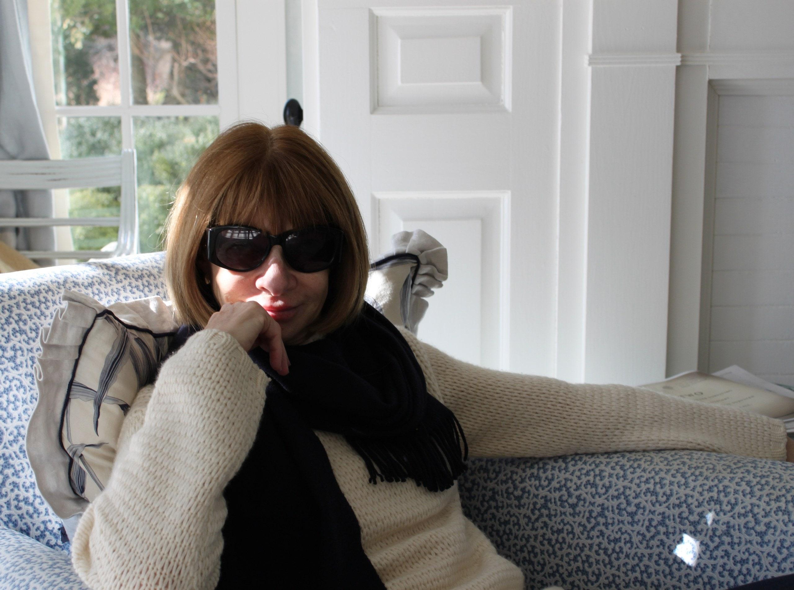 Anna Wintour în biroul său de acasă, Vogue 23 martie 2020