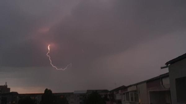 Furtună la Satu Mare. Foto: Armina Sălceanu