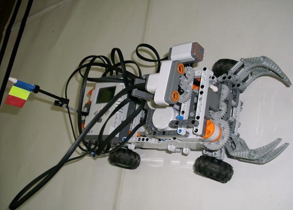 robot-lego06